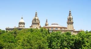 Θόλοι του εθνικού παλατιού Catalunya σε Montjuic στοκ εικόνες