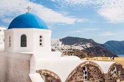 Θόλος εκκλησιών σε Santorini Στοκ Εικόνες