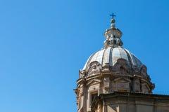 Θόλος εκκλησιών στη Ρώμη Στοκ φωτογραφία με δικαίωμα ελεύθερης χρήσης