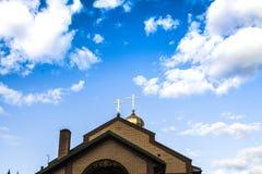 Θόλος εκκλησιών στο υπόβαθρο Στοκ Φωτογραφία