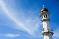 Θόλος και μιναρή του masjid Στοκ Φωτογραφίες