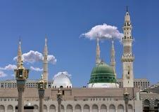 Θόλος και μιναρή του nabavi masjid Στοκ εικόνα με δικαίωμα ελεύθερης χρήσης