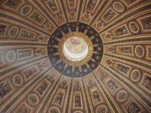 Θόλος της βασιλικής Αγίου Peter Στοκ φωτογραφία με δικαίωμα ελεύθερης χρήσης