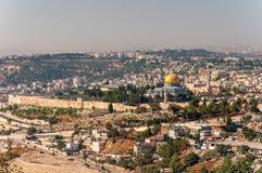 Θόλος του βράχου στο όμορφο πανόραμα της Ιερουσαλήμ Στοκ Εικόνα