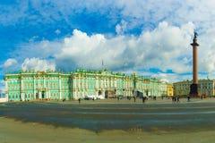 θόλος Isaac Πετρούπολη Ρωσία s Άγιος ST καθεδρικών ναών Στοκ Φωτογραφία