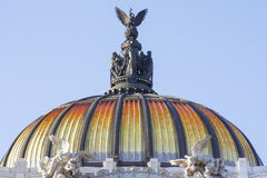 Θόλος Palacio de Bellas Artes του παλατιού των Καλών Τεχνών, Μεξικό CI Στοκ Εικόνα