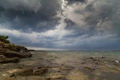 Θύελλα πέρα από την αδριατική θάλασσα, με το όμορφο δραματικό cloudscape Στοκ εικόνες με δικαίωμα ελεύθερης χρήσης