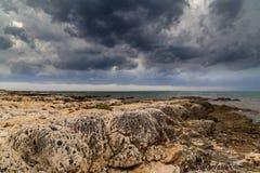 Θύελλα πέρα από την αδριατική θάλασσα, με το όμορφο δραματικό cloudscape Στοκ Εικόνες
