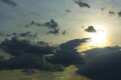 Θύελλα σύννεφων, cumulonimbus σύννεφα, ταχεία κάθετη ανάπτυξη Στοκ εικόνες με δικαίωμα ελεύθερης χρήσης