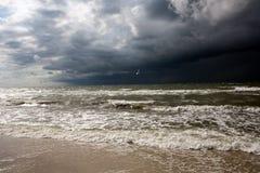 Θύελλα σε Μαύρη Θάλασσα Στοκ Φωτογραφίες