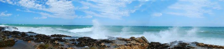 Θύελλα στην ακτή Apulian Torre Canne - Apulia - της Ιταλίας Στοκ εικόνες με δικαίωμα ελεύθερης χρήσης