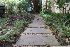 διάβαση πεζών στο πάρκο κήπων Στοκ Φωτογραφία