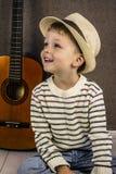 διάνυσμα απεικόνισης κιθάρων αγοριών Στοκ φωτογραφία με δικαίωμα ελεύθερης χρήσης
