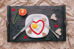 διάνυσμα βαλεντίνων αγάπης απεικόνισης ημέρας ζευγών πρόγευμα ρομαντικό Στοκ Εικόνα