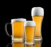 διάνυσμα συμβόλων απεικόνισης γυαλιών σχεδίου χρώματος μπύρας Στοκ Φωτογραφίες