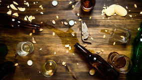 διάνυσμα συμβόλων απεικόνισης γυαλιών σχεδίου χρώματος μπύρας Στοκ εικόνες με δικαίωμα ελεύθερης χρήσης