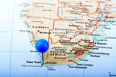 διάσημα βουνά kanonkop της Αφρικής κοντά στο γραφικό αμπελώνα νότιων άνοιξη Στοκ Φωτογραφίες