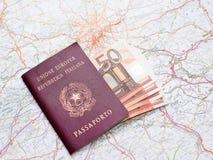 Διαβατήριο, χρήματα και χάρτης Στοκ Εικόνες