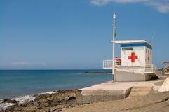 διαγώνιος κόκκινος σταθμός lifeguard Στοκ φωτογραφίες με δικαίωμα ελεύθερης χρήσης