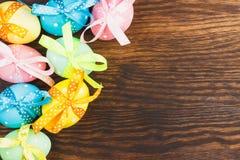 διαθέσιμα ζωηρόχρωμα αυγά Πάσχας που τίθενται διανυσματικά Στοκ Φωτογραφίες