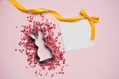 διαθέσιμο διάνυσμα καρτών Πάσχας eps Κουνέλι και ρόδινο ντεκόρ στη ρόδινη θέση υποβάθρου για το κείμενο Στοκ Εικόνα