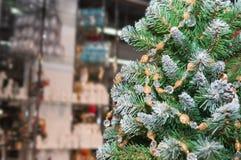 διακοσμημένο Χριστούγεν& background colors holiday red yellow Στοκ Εικόνες