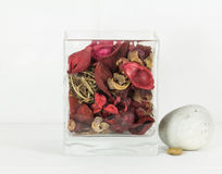 διακοσμητικά ξηρά λουλούδια μέσα στο βάζο Στοκ Φωτογραφία