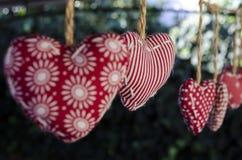 Διακοσμητικές καρδιές υφασμάτων Στοκ εικόνα με δικαίωμα ελεύθερης χρήσης