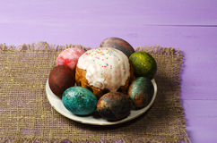 διακοσμητική παράδοση Πάσχας κέικ ψωμιού Αυγά Πάσχας Στοκ Εικόνες