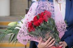 διακοσμητική floral απεικόνιση δύο λουλουδιών καρτών ανθοδεσμών ανασκόπησης διάνυσμα Στοκ φωτογραφία με δικαίωμα ελεύθερης χρήσης