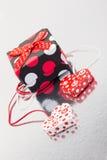 διακοσμητικό διάνυσμα καρδιών δώρων καρτών ανασκόπησης Στοκ Εικόνες