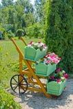 διακοσμητικό vase λουλου& Στοκ φωτογραφίες με δικαίωμα ελεύθερης χρήσης