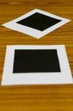 διαμορφωμένη φωτογραφία τρυπών πλαισίων ανασκόπησης όμορφη μαύρη kpugloe Στοκ Φωτογραφία
