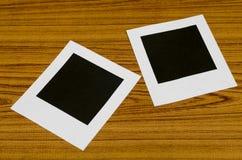 διαμορφωμένη φωτογραφία τρυπών πλαισίων ανασκόπησης όμορφη μαύρη kpugloe Στοκ εικόνα με δικαίωμα ελεύθερης χρήσης