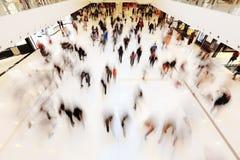 λιανικές αγορές ανθρώπων &lam Στοκ εικόνες με δικαίωμα ελεύθερης χρήσης