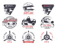 Διανυσματικά παλαιά γραμματόσημα μυγών Εμβλήματα γύρου αεροπλάνων ταξιδιού ή επιχειρήσεων Biplane ετικέτες ακαδημιών Αναδρομικά ε Στοκ Εικόνες