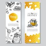 Διανυσματικά συρμένα χέρι εμβλήματα μελιού Λεπτομερές μέλι που χαράσσεται illust Στοκ Εικόνα