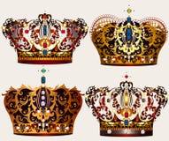 Διανυσματικές κορώνες στο χρυσό με τα μαργαριτάρια και τις πέτρες Στοκ εικόνα με δικαίωμα ελεύθερης χρήσης