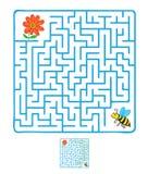 Διανυσματικός λαβύρινθος, λαβύρινθος με την πετώντας μέλισσα και λουλούδι Στοκ Εικόνες