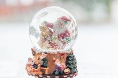 διανυσματικό λευκό χιονιού σφαιρών απομονωμένο απεικόνιση Στοκ φωτογραφία με δικαίωμα ελεύθερης χρήσης