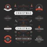 Διανυσματικό σχέδιο ετικετών και διακριτικών Χριστουγέννων Στοκ Φωτογραφία