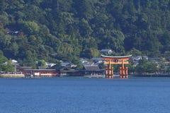 Ιαπωνία: Η λάρνακα Shinto Itsukushima Στοκ εικόνα με δικαίωμα ελεύθερης χρήσης