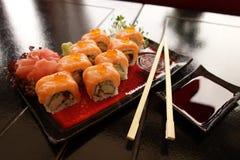 ιαπωνικά σούσια παραδοσ&io Στοκ φωτογραφία με δικαίωμα ελεύθερης χρήσης