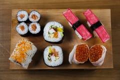 ιαπωνικά σούσια τροφίμων π&alp Στοκ Φωτογραφίες