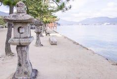 Ιαπωνικά φανάρια πετρών Στοκ εικόνες με δικαίωμα ελεύθερης χρήσης