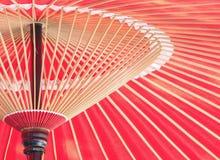 Ιαπωνική κινεζική παραδοσιακή κόκκινη ομπρέλα λαδόχαρτου Στοκ Φωτογραφία