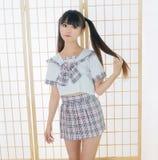 Ιαπωνική κυρία κοριτσιών σπουδαστών στο ασιατικό anime δωματίων tatami Στοκ Εικόνες