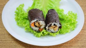 Ιαπωνική ουσία ρόλων σουσιών της Maki ρυζιού με Tofu και το καρότο Στοκ Φωτογραφίες