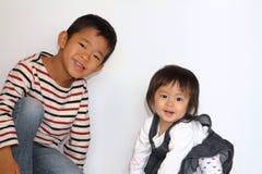 Ιαπωνικοί αδελφός και αδελφή Στοκ Εικόνες
