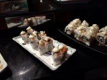 Ιαπωνικοί ρόλοι στα πιάτα Στοκ φωτογραφία με δικαίωμα ελεύθερης χρήσης